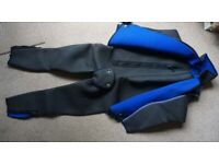 Men's Heavy Duty 5mm Quality Warm-lined Neoprene Loop Pile ColdWater Diver's Full Two-Piece Wet Suit