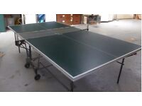Selling a Superb condition Kettler outdoor green table tennis table