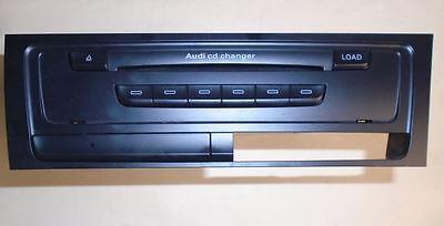 *AUDI A4/ A5 2008/2012 6 DISC CD CHANGER UNIT 8T2035110C