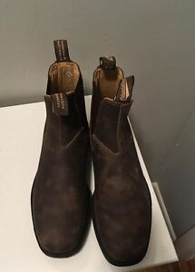 Never Worn Blundstones