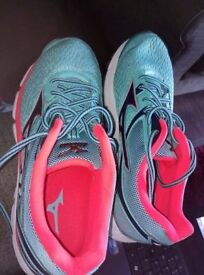 Mizuno Wave Inspire 13 Size 8 – ladies running trainers