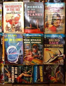 Clearing bestsellers, sci-fi, gift, sports & collectible books