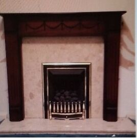 Gas fire fully working with surrond and marble grate