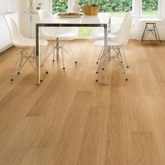 AQUANTO NATURAL VARNISHED OAK MATT LAMINATE FLOORING 1.835 ...