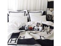 Hermes BLACK Avalon 'H' Cashmere Designer Blanket. Great Christmas / Xmas present / gift
