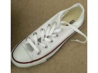 Converse size3 brand new