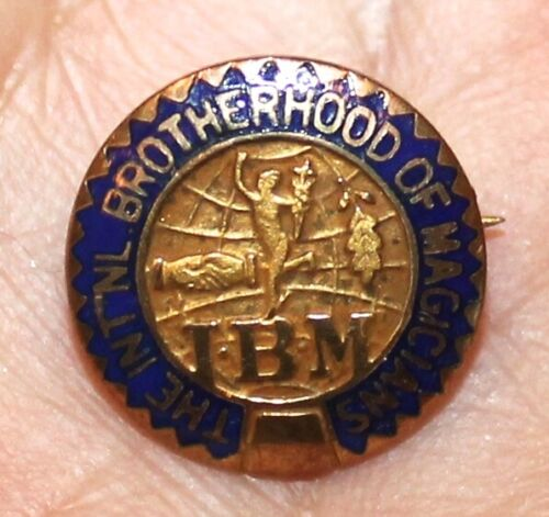 VINTAGE INTERNATIONAL BROTHERHOOD OF MAGICIANS IBM PIN GORDON MILLER & CO.