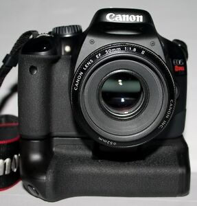 Canon T2I with grip and lens for sale