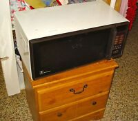 clean hardly used microwave