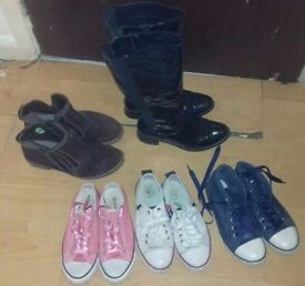 lots of different shoes size 5