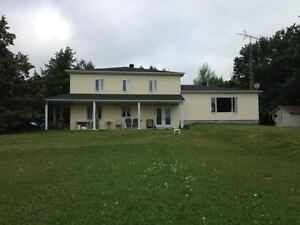 Great family home in North Glengarry