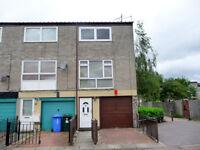 3 bedroom house in Glenbervie Road, GRANGEMOUTH, FK3