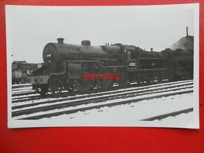 PHOTO  LMS HUGHES   CRAB 2-6-0 LOCO NO  42882