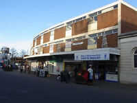 town centre shop to let with hot food and alcohol licence