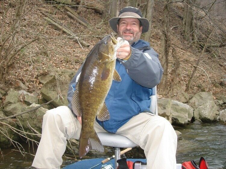 Virginia Trophy Smallmouth Bass/Muskie Fishing Guided Trip