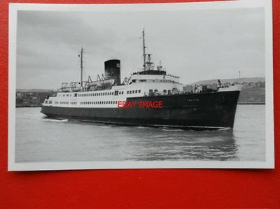 PHOTO  FERRY INVICTA AT FOLKESTONE 12/11/66 VIEW 2
