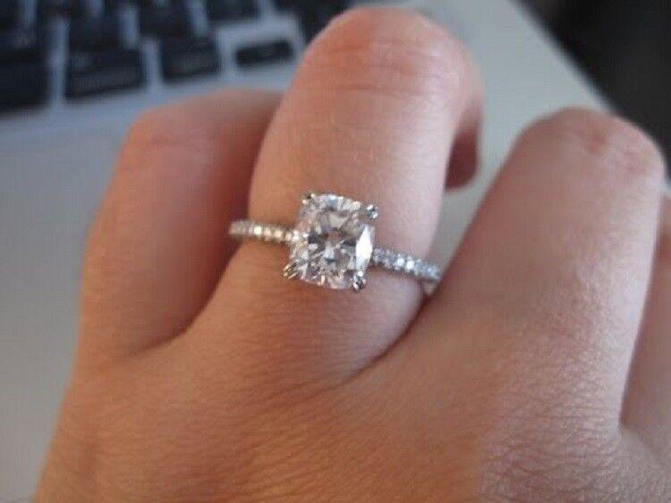 1.90 Ct Cushion Cut Diamond Engagement Ring w/ Matching Band 14KWG H VS2 GIA USA 3