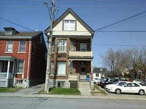 209-2 Queen St - 2 Bedroom Multi-Unit House for Rent