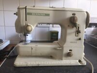 Vintage Bernina 530-2 Record multi-stitch decorative stitch Sewing Machine