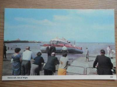 POSTCARD HOVERCRAFT - ISLE OF WIGHT