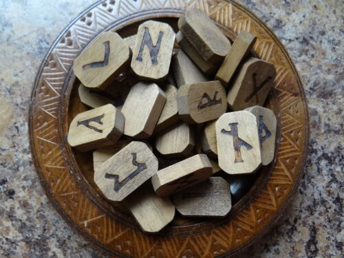 Lo Scarabeo Fancy Wood Runes Wiccan Pagan Altar Supply