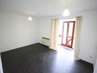 Newly Refurbished One Bedroom Flat to Rent - Available Now - Parking - South Ealing - Furnished