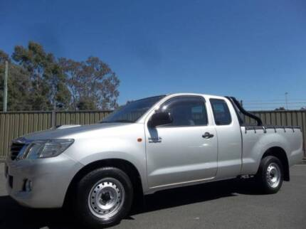 FROM $79 P/WEEK ON FINANCE* 2011 TOYOTA HILUX X CAB P/UP SR