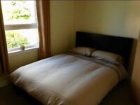 MASSIVE DOUBLE ROOM AVAILABLE NOW
