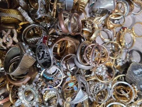 Heirloom-quality, Vintage Craft Rings Lot w/ Missing Stones, Broken, 1$ per pcs