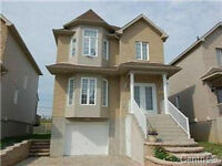 LAVAL/FABREVILLE LOVELY COTTAGE MUST SEE !!
