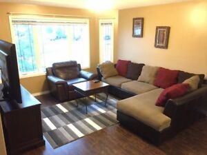 Furnished/ UNfurnished, include Utilities,3 bedrooms inTimberlea