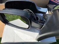 2005 Renault Clio Passenger Side Mirror *Brand New*