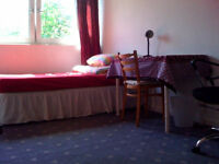 Large double room, 1min walk to Mile End zone 2 tube. Furnished. Couples ok. Avail 1st Nov