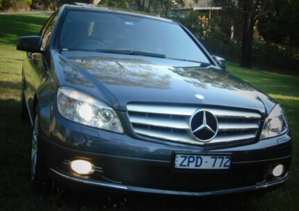 2009 Mercedes-Benz C200 Sedan **12 MONTH WARRANTY**