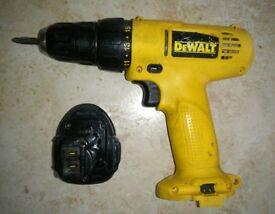 Dewalt 7.2v Screwdriver Drill. + Battery + Case