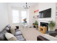 3 bedroom flat in Fairlight Avenue, London, NW10 (3 bed)