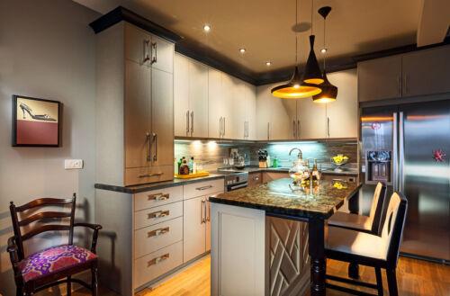 Komplett-Küchen: platzsparende U-Form-Küchen für geschlossene und ...