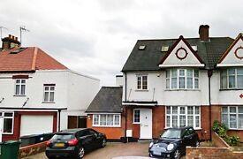 Studio flat in Granville road, North Finchley