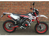 RIEJU MRT 50 LC SM TROPHY LEARNER LEGAL (INC 16 YEAR OLDS) MOTORCYCLE