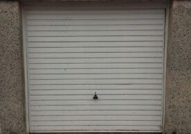 LOCK UP GARAGE FOR RENT, Toronto Avenue, Howden, Livingston.