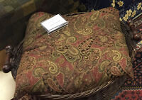 Gorgeous Dog Bed - new/never used