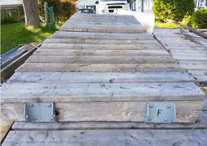6 sections de quai avec poteaux et attaches