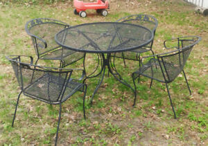 Patio Table/Chairs - All weather metal