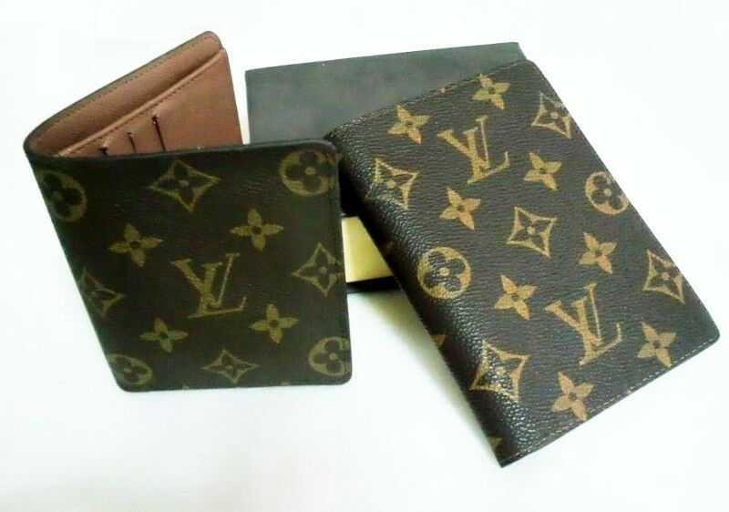 ~~~ BranDeD LeaTHeR WaLLeT & PassPorT CoVeR SeT $118 ~~~