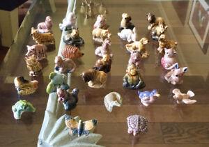 Red Rose Tea Animal Figurines