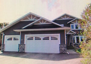 Stunning Executive Home for Rent/Rent to Own July 1st. (Lacombe)