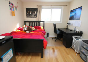 CARLETON UUUUU  BOUTIQUE HOME ** 4 OR 3? BEDROOM  #AWESOMESAUCE