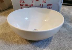 NEW Ceramic countertop basin. White. Brand new condition.