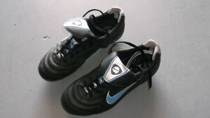 NIKE Soccer/Football Shoes