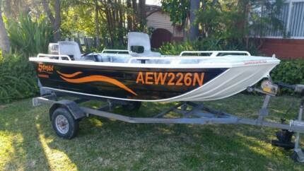 Stessl Boat 3.7 mtr v nose punt Toukley Wyong Area Preview